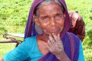 ৪৪ বছর ধরে রোজা, চলেন গেলেন এক মমতাময়ী মা