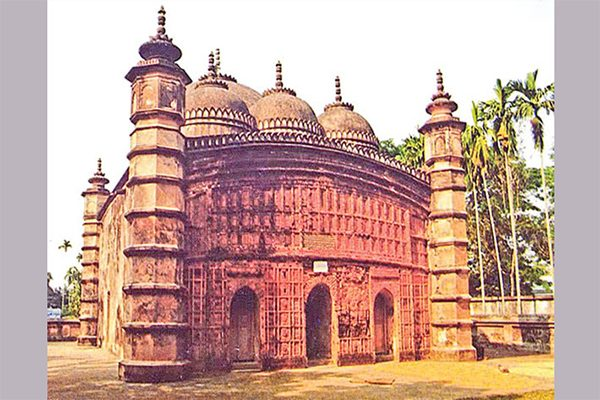 ঘুরে আসুন টাঙ্গাইলের আতিয়া জামে মসজিদ