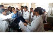 ব্রাহ্মণবাড়ীয়ায় ট্রেন দুর্ঘটনায় আহত রোগীদের নিটোরে দেখতে গেলেন স্বাস্থ্য অধিদফতরের মহাপরিচালক
