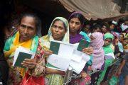 দেশের অর্থনৈতিক উন্নয়নে বড় অবদান রাখছেন প্রায় ৯ লাখ প্রবাসী নারীকর্মী