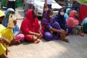 গাজীপুরে ছাঁটাইয়ের প্রতিবাদে পোশাক শ্রমিকদের বিক্ষোভ, অবরোধ