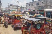 কুমিল্লা ফিরেছে আগের চেহারায়, চিরচেনা যানজট প্রতিটি সড়কে